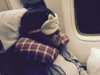 機内での安眠をお手伝いする3つのグッズ  ! これであなたも快眠トラベル