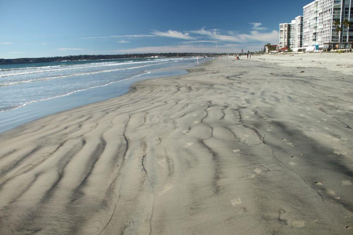 コロナドビーチに広がる美しい模様